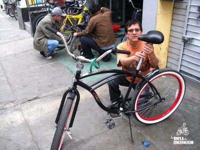"""Lucho Vega, de Bicicletería """"Valle Riestra"""""""